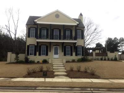 Madison Single Family Home For Sale: 103 Stone Lake Drive