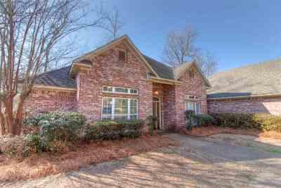 Ridgeland Single Family Home For Sale: 634 Berridge Dr