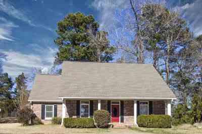 Canton Single Family Home For Sale: 806 Oak Trl