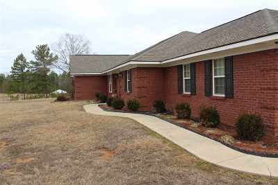 Single Family Home For Sale: 3820 Beamon Rd
