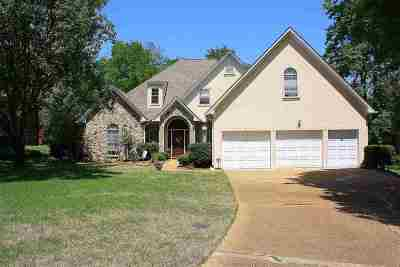 Madison Single Family Home For Sale: 140 Sunflower Rd