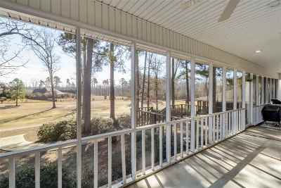 Brandon Single Family Home For Sale: 197 Woodlands Green Dr