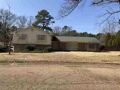 Jackson Single Family Home For Sale: 135 Avian Ln