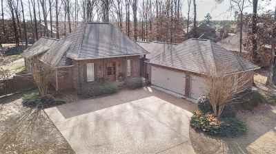 Madison Single Family Home For Sale: 147 Sycamore Ridge