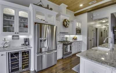 Canton Single Family Home For Sale: 163 Bear Creek Cir