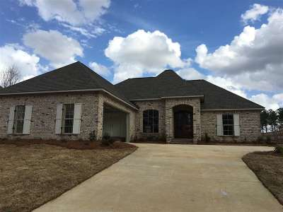 Madison Single Family Home For Sale: 119 Wingtip Cv