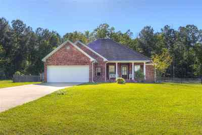 Byram Single Family Home For Sale: 120 Forest Lake Dr