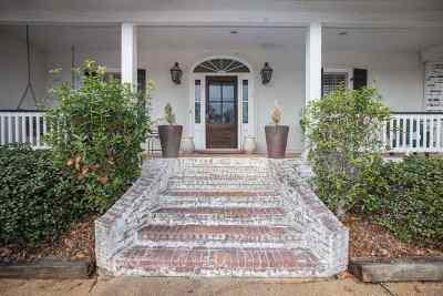 Madison Single Family Home For Sale: 409 Cedar Hurst Ln