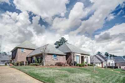 Madison Single Family Home For Sale: 259 Lake Circle