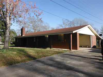 Carthage MS Single Family Home For Sale: $120,000