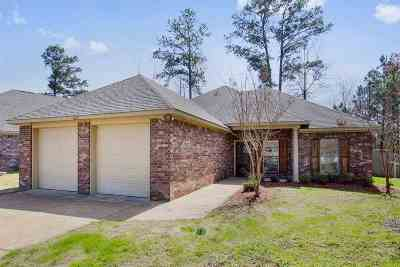 Brandon Single Family Home For Sale: 623 Westhill Rd.