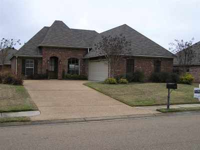 Madison Single Family Home For Sale: 170 Memory Ln
