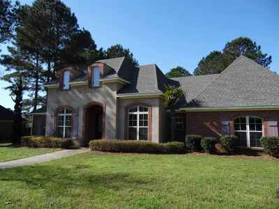 Madison County Single Family Home For Sale: 115 Sycamore Ridge