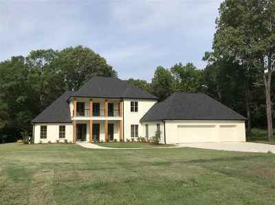 Madison Single Family Home For Sale: 412 Dover Ln