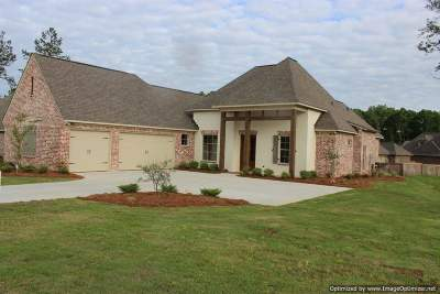Madison Single Family Home For Sale: 102 Pinnacle Cv