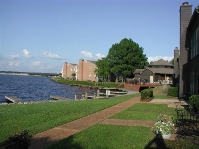 Condo sold: 9 Lake Barnett Dr #9