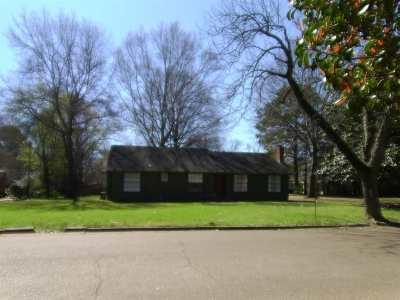 Canton Single Family Home Contingent/Pending: 436 E Fulton St