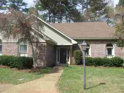 Brandon Single Family Home Contingent: 552 Cliffview Dr
