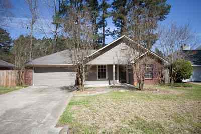 Byram Single Family Home Contingent/Pending: 505 Fairview Cv