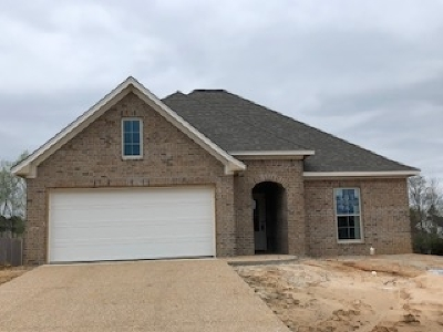 Single Family Home Contingent/Pending: 110 Beechwood Cir