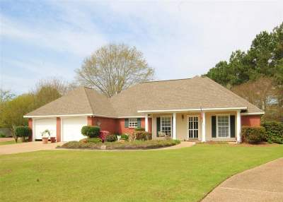 Madison Single Family Home Contingent: 182 Traceland Dr