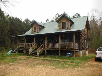 Carthage MS Single Family Home For Sale: $160,000