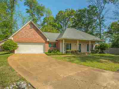 Byram Single Family Home Contingent: 129 Cedar Cv