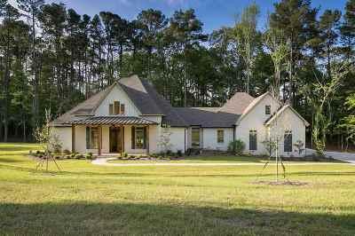 Madison Single Family Home For Sale: 509 Longleaf Pl