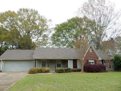 Madison County Single Family Home Contingent/Pending: 224 Timbermill Dr