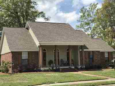 Richland Single Family Home Contingent/Pending: 105 Southwind Dr