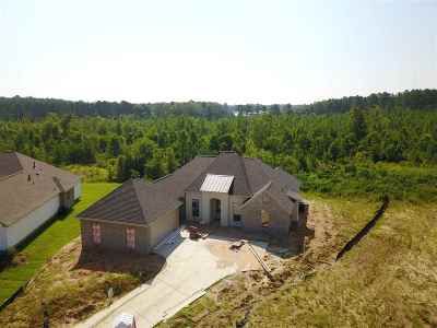 Flowood Single Family Home For Sale: 306 Bristlecone Ct