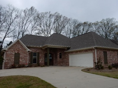 Rankin County Single Family Home Contingent/Pending: 307 Wellington Way