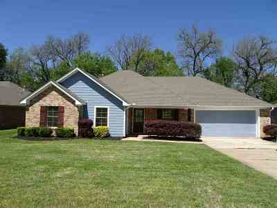 Canton Single Family Home For Sale: 112 Northgate Dr