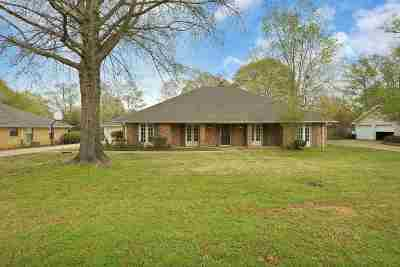 Rankin County Single Family Home Contingent/Pending: 308 Millcreek Dr