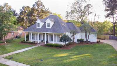 Madison Single Family Home For Sale: 316 Hillchase Dr
