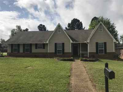Madison County Single Family Home For Sale: 200 Sagewood Cv