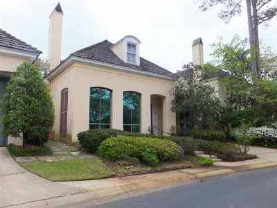 Madison Single Family Home For Sale: 112 Dumaine Pl