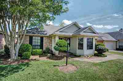 Clinton Single Family Home Contingent: 310 Waterfall Way
