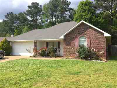Florence, Richland Single Family Home For Sale: 545 Eaglewood Dr