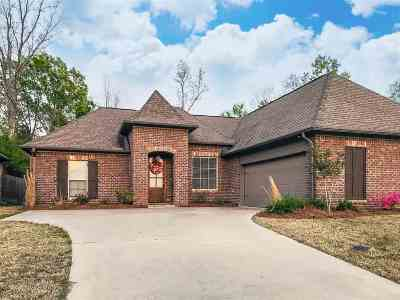 Brandon Single Family Home For Sale: 897 Willow Grande Cir