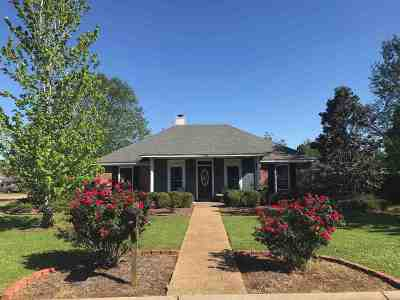 Florence, Richland Single Family Home Contingent: 220 Shady Pecan Dr