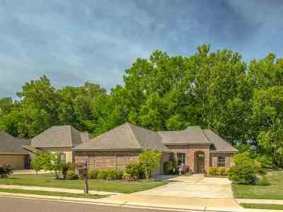 Madison Single Family Home For Sale: 240 Stillhouse Creek Dr