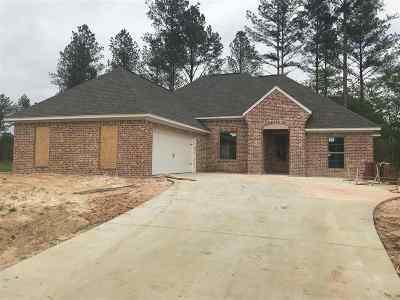 Madison Single Family Home For Sale: 151 Hampton Ridge
