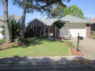 Brandon Single Family Home For Sale: 114 Commonwealth Ave