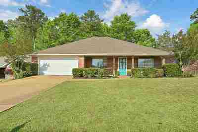 Rankin County Single Family Home For Sale: 304 Briars Bend