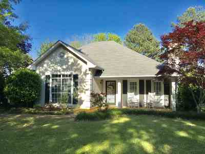 Madison Single Family Home For Sale: 245 Clark Farms Rd