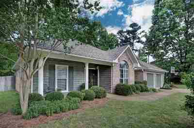 Madison County Single Family Home For Sale: 609 Sawpine Ln