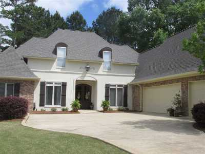 Brandon Single Family Home For Sale: 160 Woodlands Glen Cir