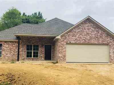 Byram Single Family Home For Sale: 327 Willow Bay Dr