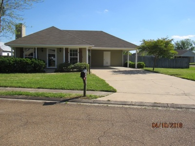 Rankin County Single Family Home Contingent/Pending: 425 Mocking Bird Cir